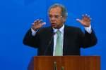 Paulo Guedes critica aqueles que negam melhora na economia
