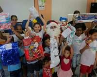 Veja como participar do Papai Noel dos Correios deste ano