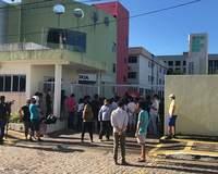 Protesto de estudantes do IFRN tem tumulto após chegada da PM