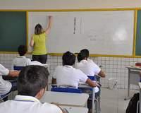 Covid-19: Câmara aprova mudanças no calendário escolar até fim do ano