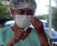 Natal vacina contra a covid-19 em dois drive-thrus; veja quem pode se vacinar