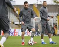 Com Messi, Neymar e Mbappé, PSG estreia hoje contra o Brugge