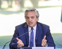 Cinco ministros renunciam na Argentina