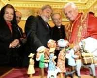 Lula conversa sobre crise financeira com Bento XVI