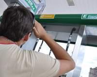 O que escolher: etanol ou gasolina?