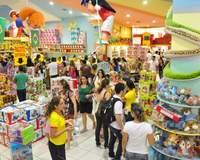 Consumidores lotam lojas em Natal