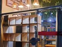Show-room equipado e decorado