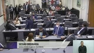 Ex-vereador invade plenário da Câmara em Natal