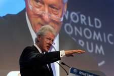 Ex-presidente americano Bill Clinton está internado
