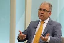 Covid: Ministério da Saúde fala sobre vacinação de adolescentes; assista ao vivo