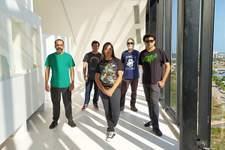 Banda Thee Automatics lança nesta sexta (17) a apresentação do vídeo 'Live at the tower'