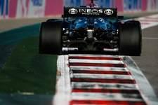 Red Bull troca o motor e Max Verstappen vai largar de trás