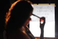 Famílias passam a respeitar mais professores na pandemia, diz pesquisa